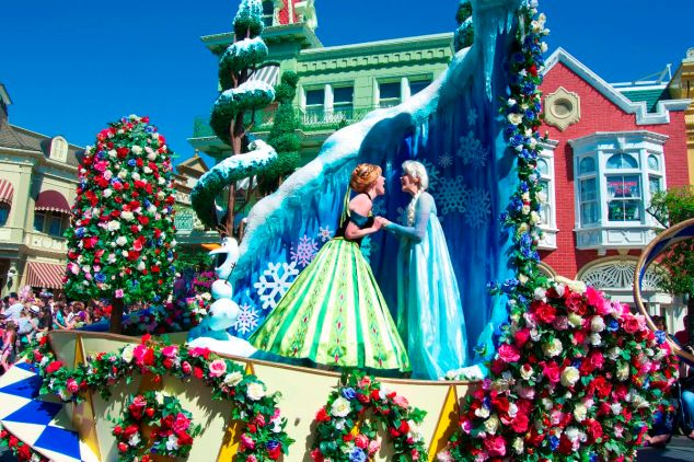 Frozen Float Festival of Fantasy