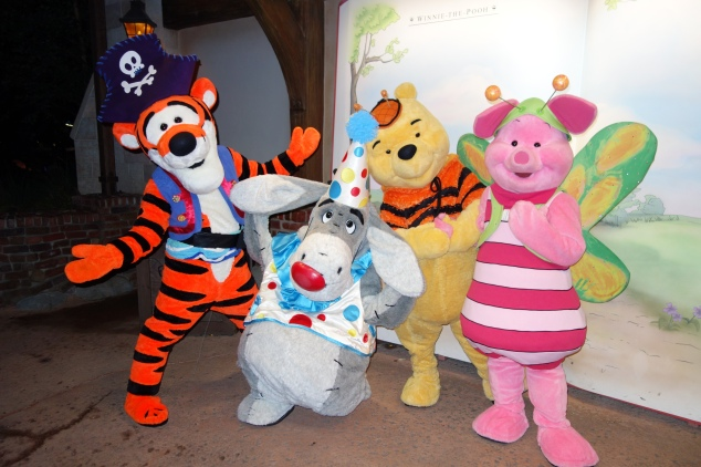 http://www.kennythepirate.com/2012/10/05/tigger-eeyore-pooh-and-piglet-at-mickeys-not-so-scary-halloween-party/